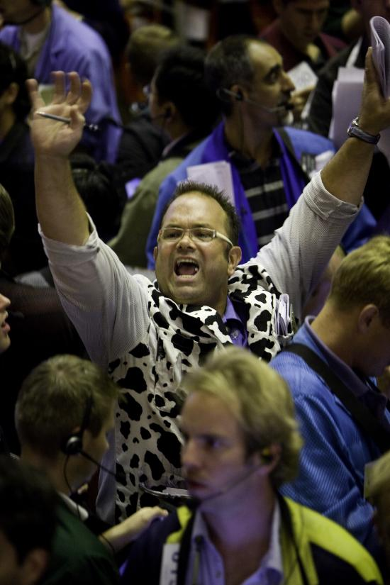 Soybeans rally 32¢ Tuesday